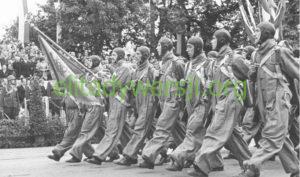Skoczkowie_LOPP_Warszawa3-maja-1939-300x177 Spadochroniarstwo polskie