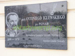 Ponar_tablica_Radziejów-300x225 Antoni Iglewski - Cichociemny