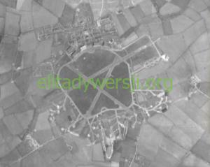RAF_Stradishall_1945-300x239 Bohdan Piątkowski - Cichociemny