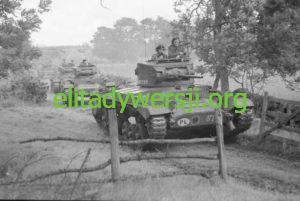 Valentine_tanks_1st_Polish_Corps_Scotland-300x201 Zbigniew Mrazek - Cichociemny