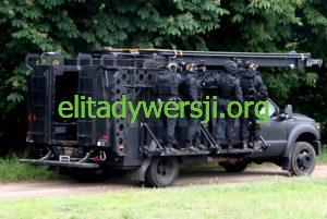 GROM-mobilna-rampa-2-300x201 Jednostka Wojskowa GROM