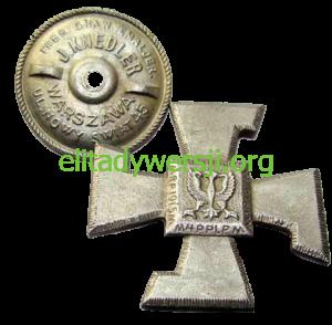 cc-Okulicki-odznaka4PPL-300x294 Leopold Okulicki - Cichociemny