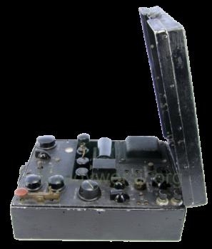 radiostacja-AP-4-ABW-455E_00010-297x350 Tadeusz Heftman - konstruktor